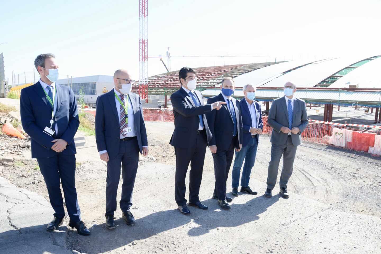 Ábalos visita las obras de ampliación del aeropuerto Tenerife Sur