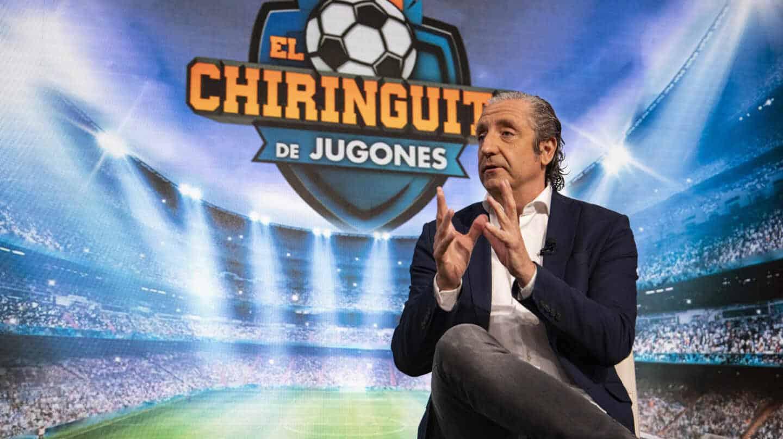 El presentador Josep Pedrerol, durante la entrevista con El Independiente en el plató de El Chiringuito