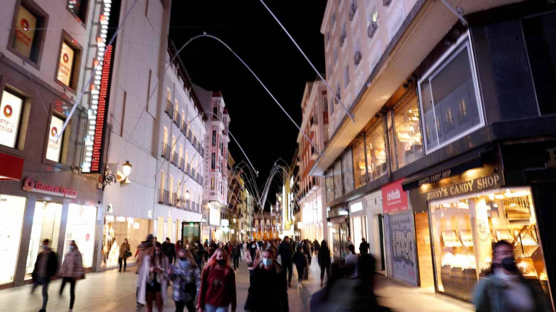La calle Preciados, una de las arterias principales de comercio en el centro de Madrid
