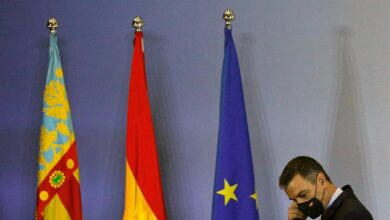 """Sánchez insiste en mantener las próximas """"dos o tres semanas"""" las actuales medidas anti-covid"""