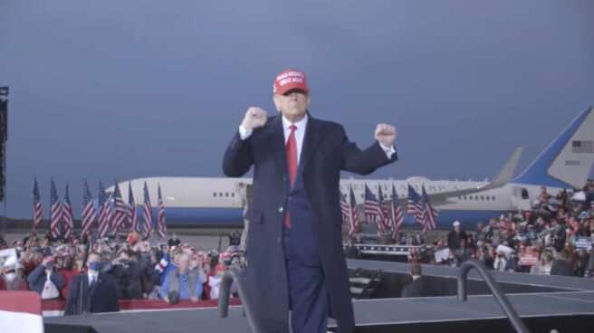 Trump bailando en el vídeo promocional