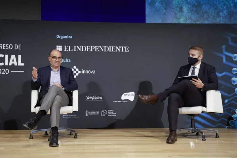 Manuel Palomar, rector de la Universidad de Alicante, y Adrián Ballester, diputado de Proyectos Europeos, Agenda Digital e Innovación en Alicante