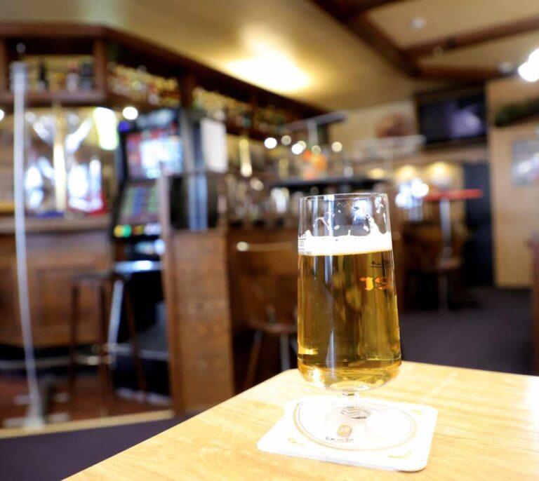 La Europa seca: así ha condenado la segunda ola a los bares y restaurantes