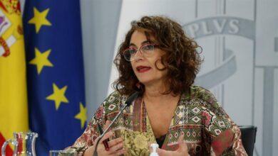 Montero retrasa a finales de año el pacto con Podemos sobre los desahucios