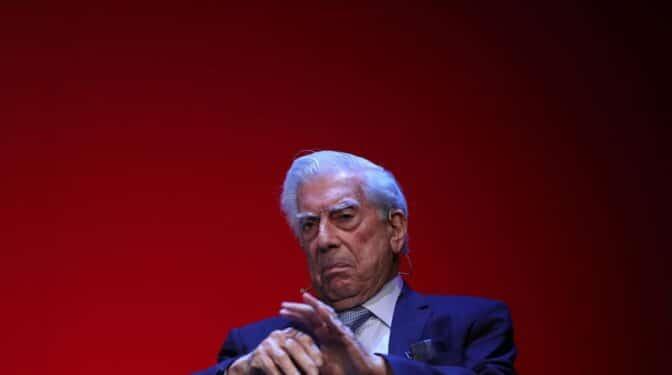 Vargas Llosa gestionó sus derechos de autor a través de una sociedad offshore, según los Papeles de Pandora