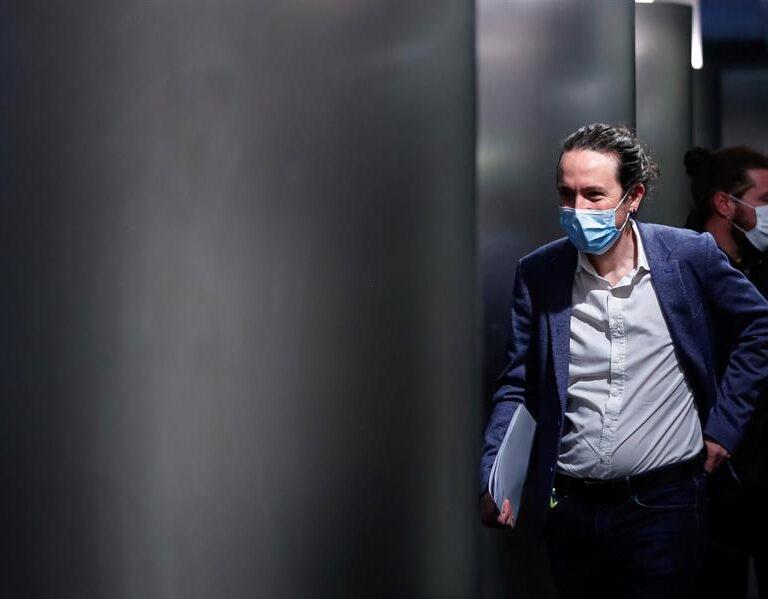 Iglesias exige al PSOE abordar de inmediato la reforma del mercado eléctrico
