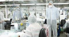 El Gobierno subvenciona con 4,2 millones a 17 fabricantes nacionales de mascarillas