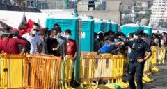 La Policía manda a Canarias refuerzos de 'antidisturbios' por la presión migratoria