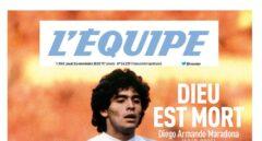 """Las portadas despiden a Maradona: """"En las manos de Dios"""""""