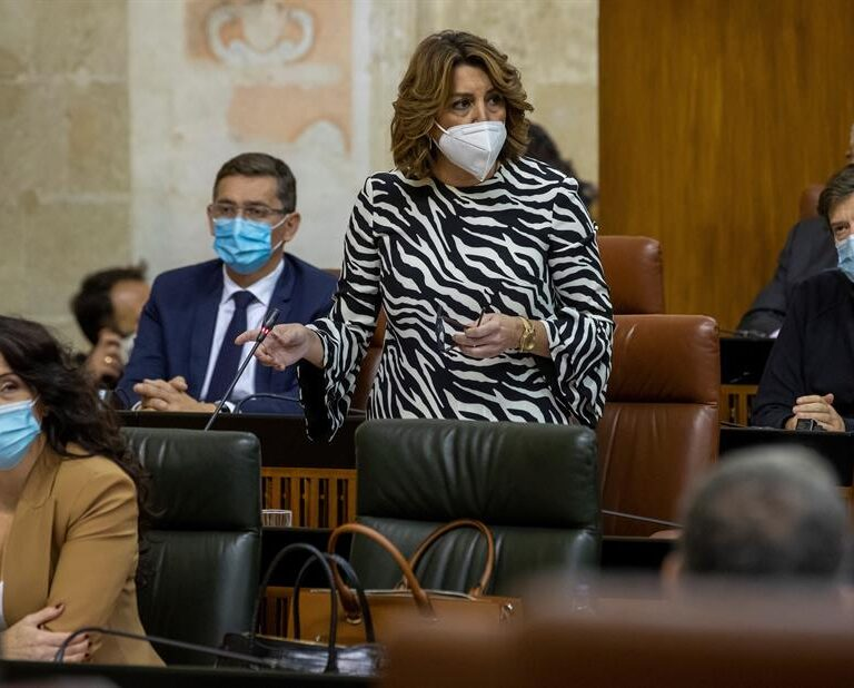 "Susana Díaz acusa a Pablo Iglesias de ""sobreactuar"" y ""buscar sus momentos de gloria"""