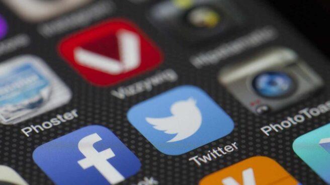 Aplicaciones de Facebook y Twitter.