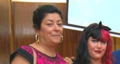 """La hija de Almudena Grandes y Luis García Montero, definida como """"camarada"""" de la Falange"""