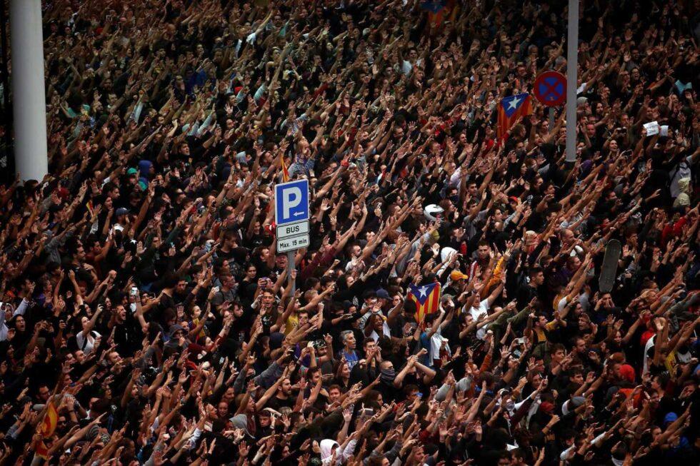 Protestas por la sentencia del procés en el Aeropuerto del Prat en Barcelona