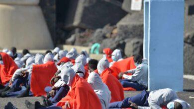 El Gobierno aprovecha el 'puente' para trasladar a 313 migrantes a Valencia desde Canarias