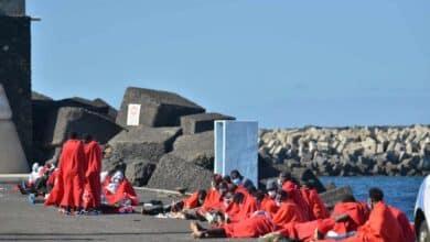 Detenidos en Valencia 16 inmigrantes procedentes de Canarias tras detectarse dos positivos