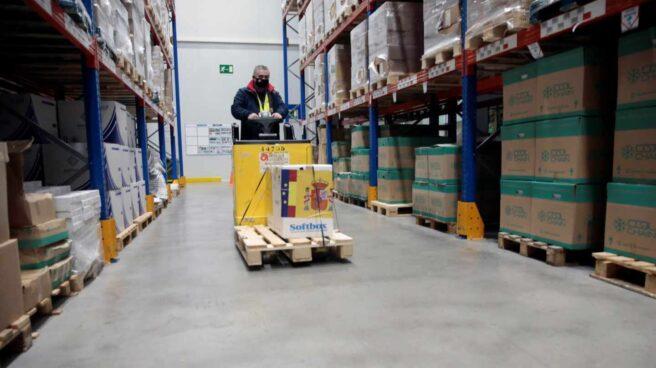 La vacuna contra el Covid llega al centro logístico de Pfizer en Guadalajara.