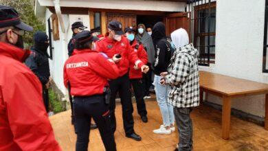 La ertzaintza impone 300 multas a 67 jóvenes por una fiesta en un antiguo monasterio