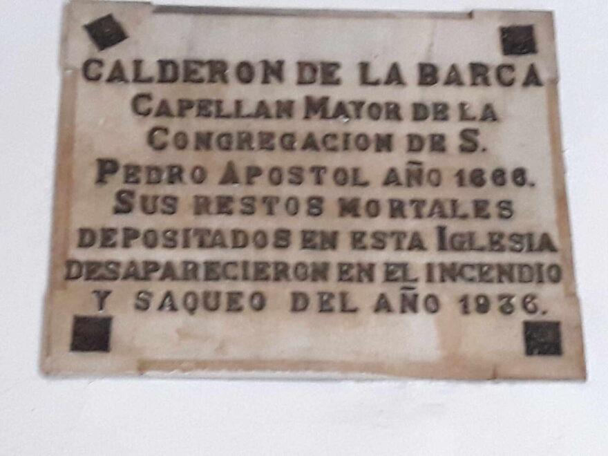 Inscripción sobre los restos de Calderón de la Barca.