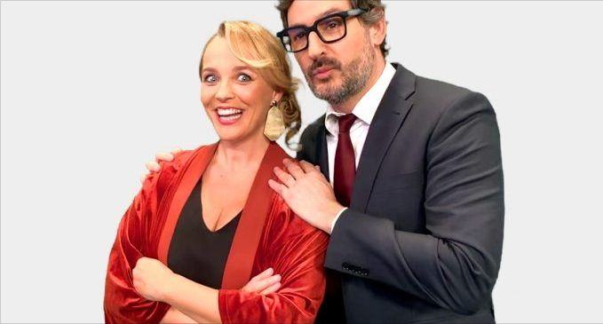 Carolina Ferre y Eugeni Alemany campanadas a punt television valencia 2020 2021