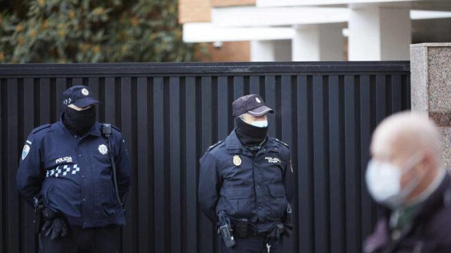 Detenidos una cuidadora y un hombre por robar 25.000 euros a una anciana discapacitada