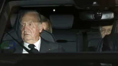 Juan Carlos I paga 678.000 euros a Hacienda para regularizar sus 'tarjetas black'
