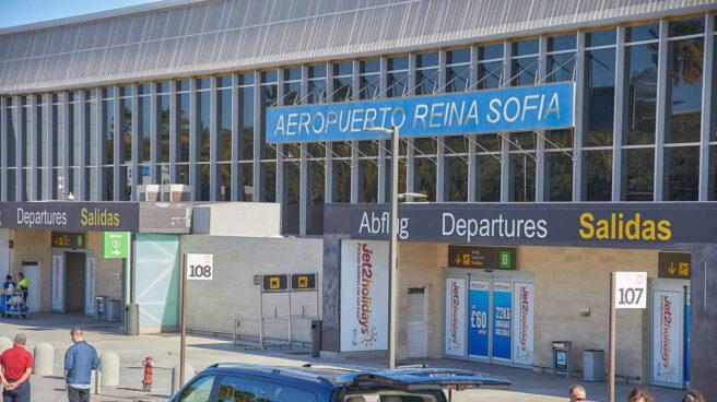 Aeropuerto Reina Sofía-Tenerife Sur.