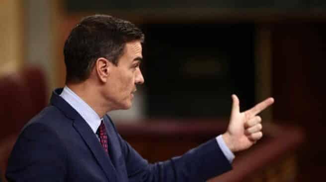 Pedro Sánchez interviniendo durante una sesión de control al Gobierno en el Congreso.