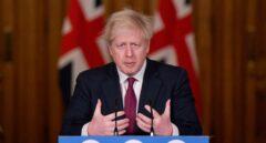 Boris Johnson cierra Londres y otras zonas por el impacto de una nueva cepa del Covid