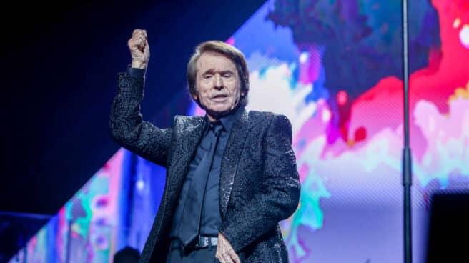 Raphael ofrece un concierto en el Wizink Center de Madrid.