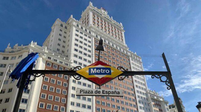 Entrada del Metro de Plaza de España.