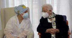 Galicia prevé prohibir las visitas a las residencias hasta finalizar la vacunación