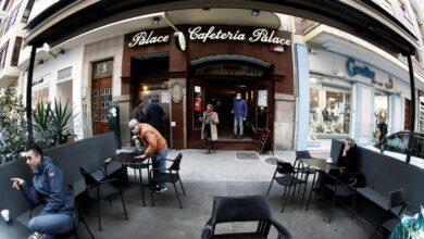Navarra abre el interior de los bares y amplía los aforos