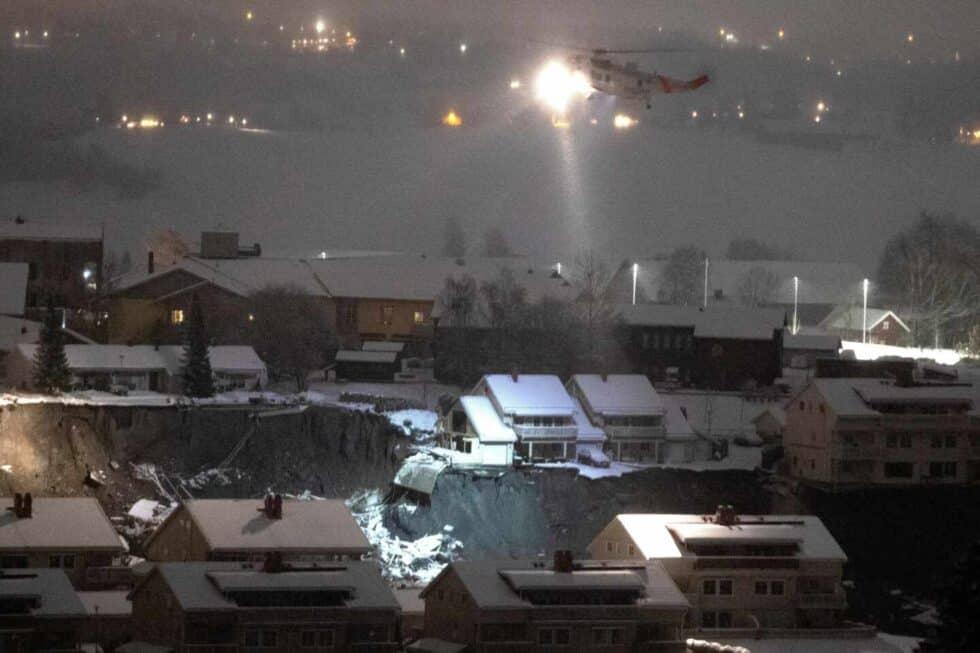 Un corrimiento de tierras obliga a evacuar a 700 personas y deja 12 desaparecidos en Noruega