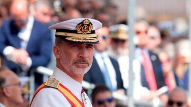 El Rey comienza con el relevo de la casa militar una renovación de su entorno