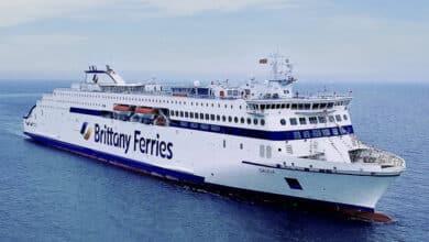 Un ferry con mil españoles e ingleses residentes en España arriba mañana a Santander