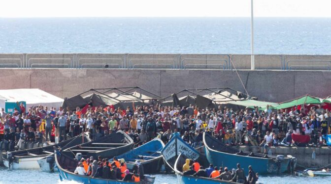 Interior oculta la nacionalidad de los migrantes para evitar 'problemas diplomáticos'