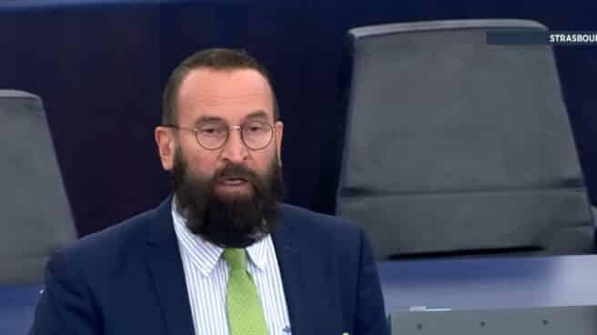 El diputado húngaro Joszef Sazjer, en el Parlamento Europeo.