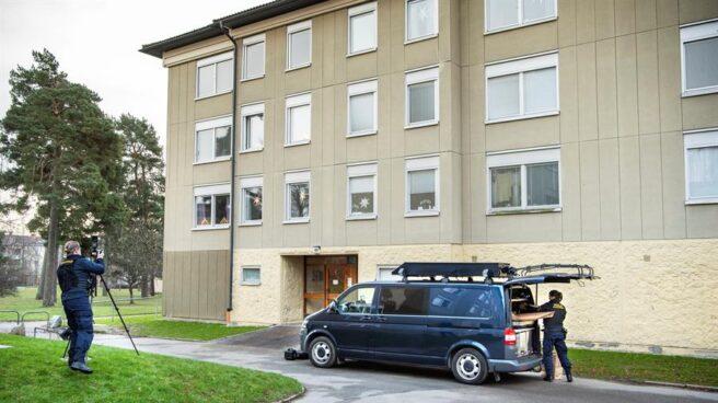 La Policía ha detenido a una madre que retuvo a su hijo en casa durante más de 30 años, en Haninge (Suecia).