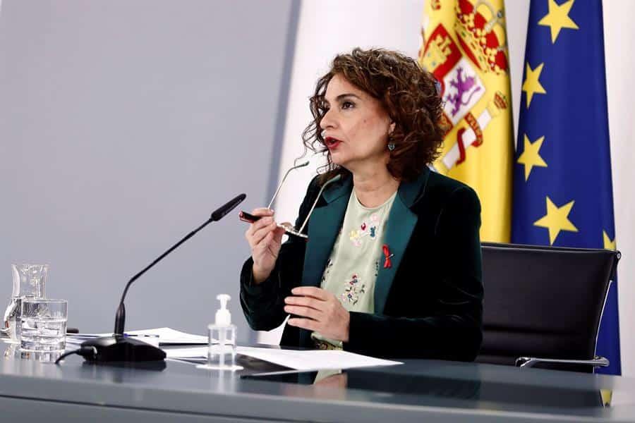 La portavoz de Hacienda y ministra de Hacienda, María Jesús Montero.