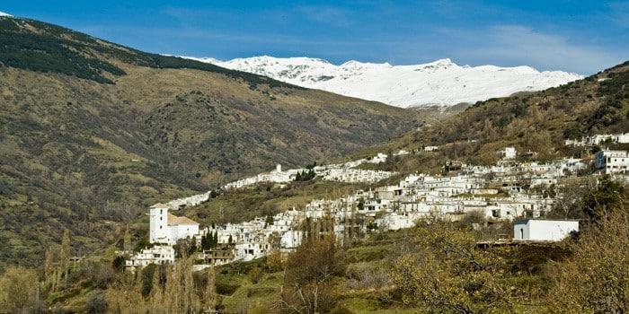 La Alpujarra, una zona de paisaje natural único en Granada.