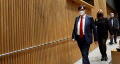 Sanidad regatea a Transparencia y gana 15 días para desvelar el nombre de los expertos