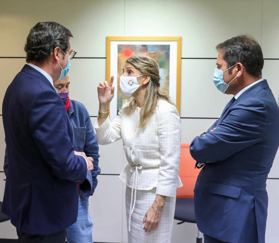 Antonio Garamendi, Pepe Álvarez, Yolanda Díaz y Gerardo Cuevas.
