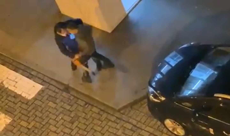 Un joven agrede a un taxista con una motosierra encendida en A Coruña