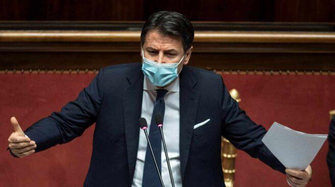 El primer ministro saliente italiano, Giuseppe Conte durante un debate en el Senado en Roma, Italia.