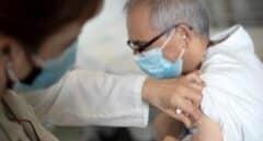 El Hospital de Terrassa aprovecha 300 vacunas sobrantes para enfermos crónicos y médicos jubilados