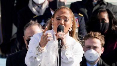 Jennifer López recita en español el juramento de lealtad en la investidura de Biden