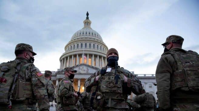 Despliegue del Ejército en el Capitolio para la toma de posesión de Joe Biden.