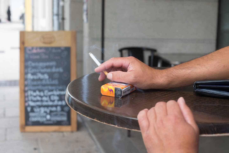 Científicos descubren la relación entre la nicotina y la metástasis del cáncer de mama