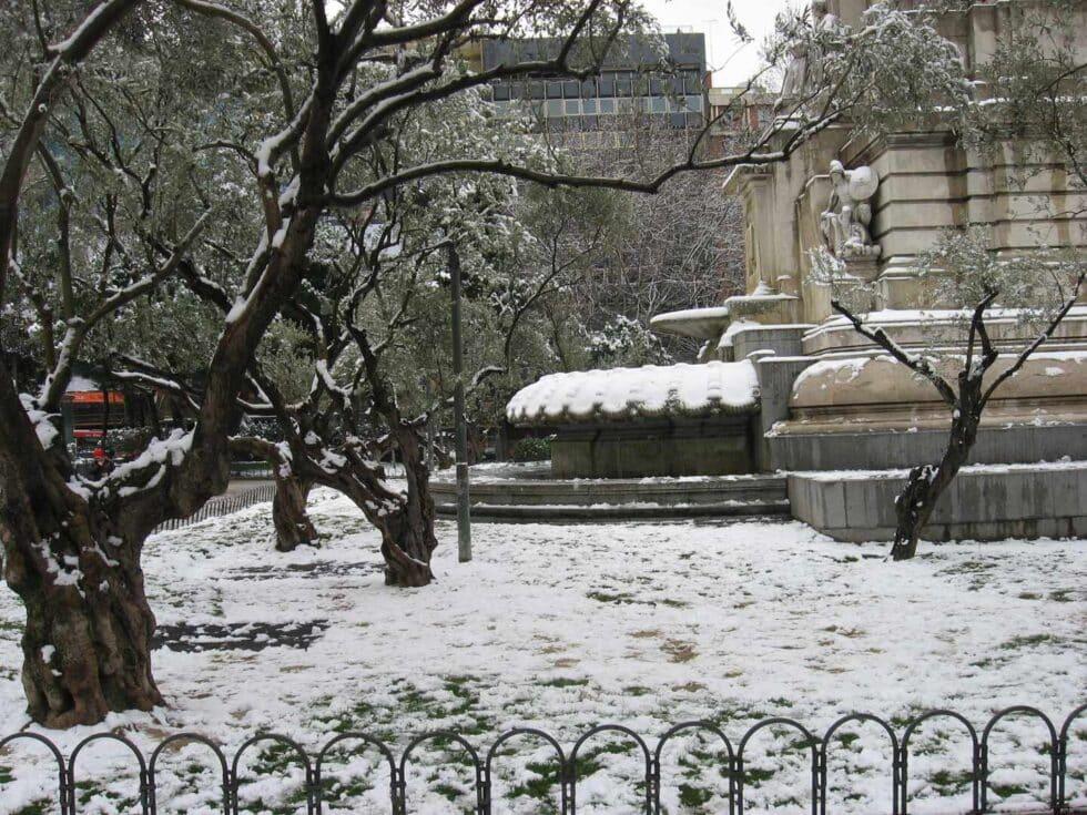 Cuando los madrileños esquiaron en el Parque del Oeste las nevadas que puede superar Filomena grandes nevadas de madrid de la historia