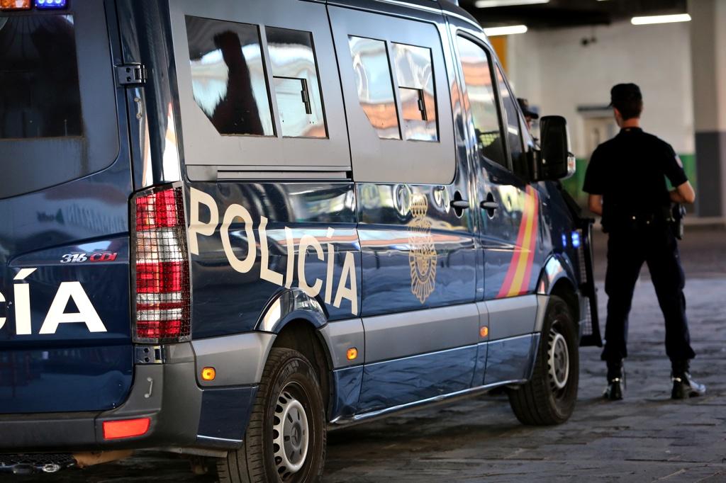 Detenido en Lugo tras golpear con la puerta del coche a un agente en un test de alcoholemia